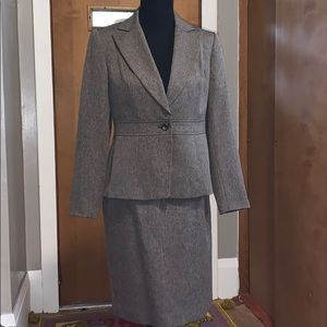 East 5th brown two-piece suit combo - blazer/skirt